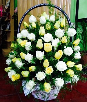 White and yellow roses funeral flower basket mightylinksfo