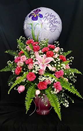 Mother's Day Bouquet And Balloon With Vase